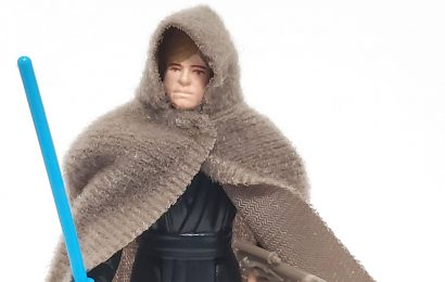LUKE SKYWALKER (Jedi Knight Outfit) (Blue Lightsaber) (HK 1983)